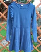 Granatowa rozkloszowana sukienka z długim rękawem M 38...