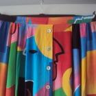 kolorowa spódnca midi
