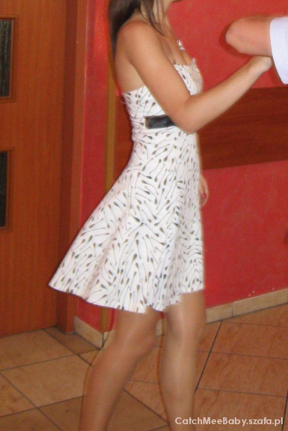 Biała sukienka z kokardką XS 34