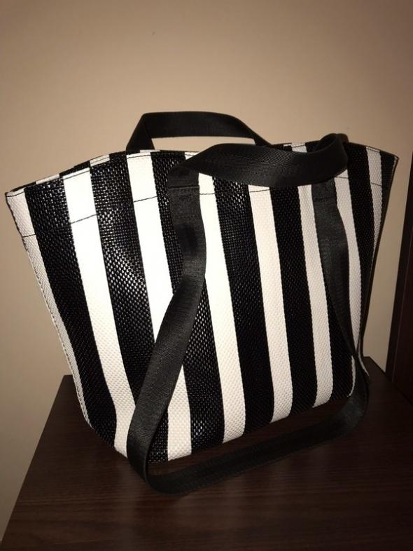 Zara torba shopper torebka pasy pasiasta do ręki na ramię czarny pas