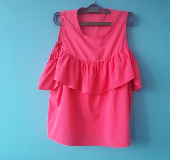 Różowa bluzka fuksja