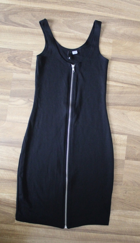 Sukienka H&M na zamek czarna...