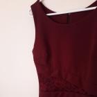 ołówkowa sukienka bordo koronka