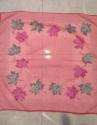 Różowa chusta apaszka liście...