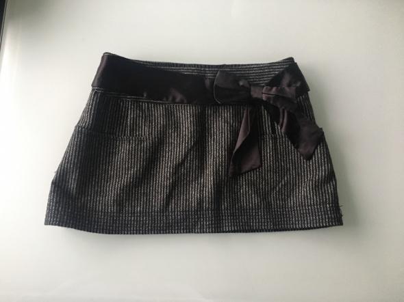 Spódnice Nowa Spódniczka Mini Zara 36 S