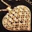 Naszyjnik w kolorze złota duże serce z błyszczącymi kamieniami...