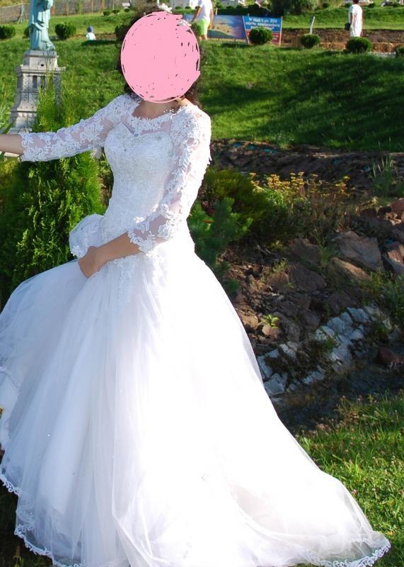 Śliczna suknia szlubna M L