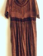 Indyjska wyszywana suknia z frędzlami