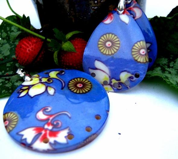 Duży wisior i kolczyki masa perłowa w kwiaty