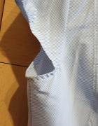biało niebieska bluzka...