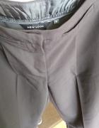Czaene spodnie NEW LOOK...