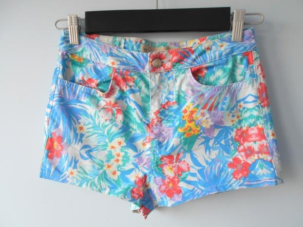 Spodenki Topshop szorty spodenki tropical kwiaty wzory nowe