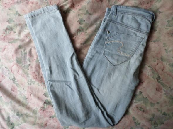 spodnie jeansy jasne rurki pepco 40 L