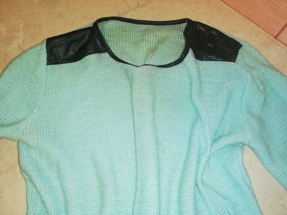sweterek jasno zielony seledyn skórzane wstawki