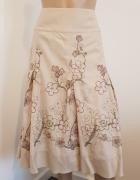 Bawełniana beżowa spódnica w hafty...