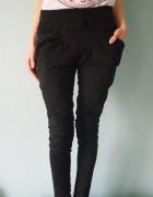 Czarne spodnie haremki XS 34 S rurki chinosy pumpy...