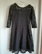 Czarna sukienka S...