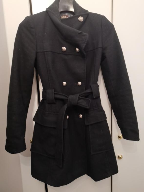 Wełniany płaszcz Huna