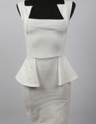 Sukienka BooHoo z baskinką rozmiar S mini