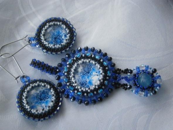 Kwiatyzawieszkakolczyki beading blue