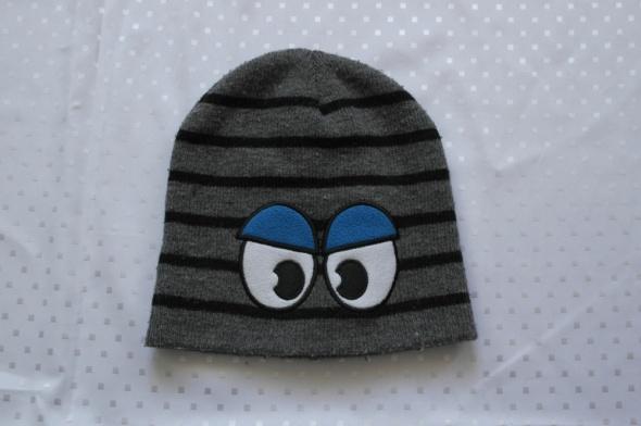 Trzy czapki ciepłe dla chłopca