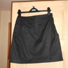 HM klasyczna czarna spódnica mini elegancka