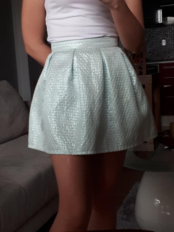 Spódnice Błekitna rozkloszowana spódnica XS 34