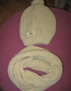 Komplet beżowy czapka szalik komin