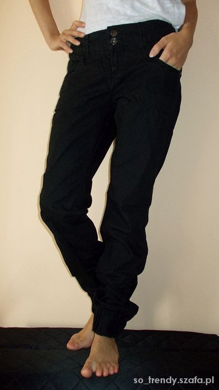 Czarne luźne spodnie Vero Moda W28 L32 S M dżinsy...