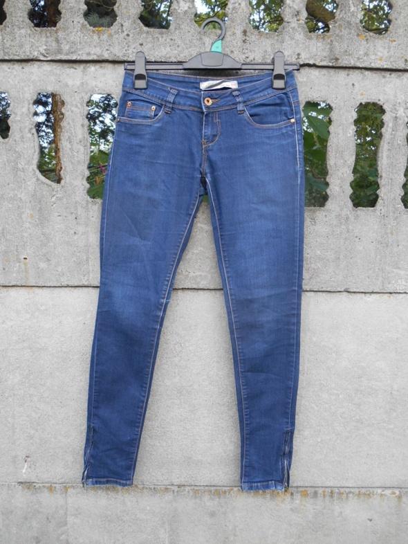 Jeansy Spodnie 36 S rurki stan Idealny