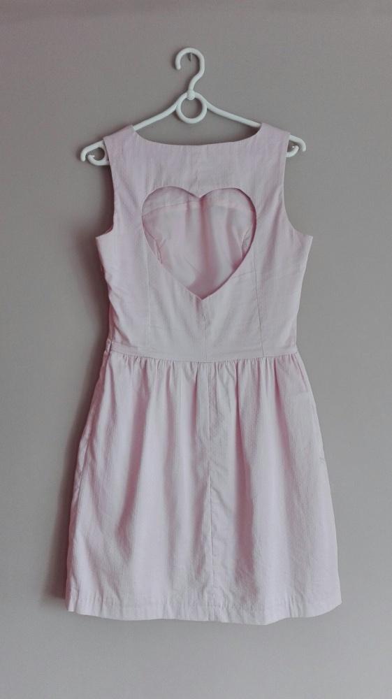 sukienka Mohito wycięte serce na wesele