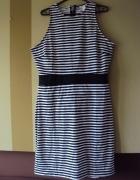 Oryginalna sukienka w paski HiM...