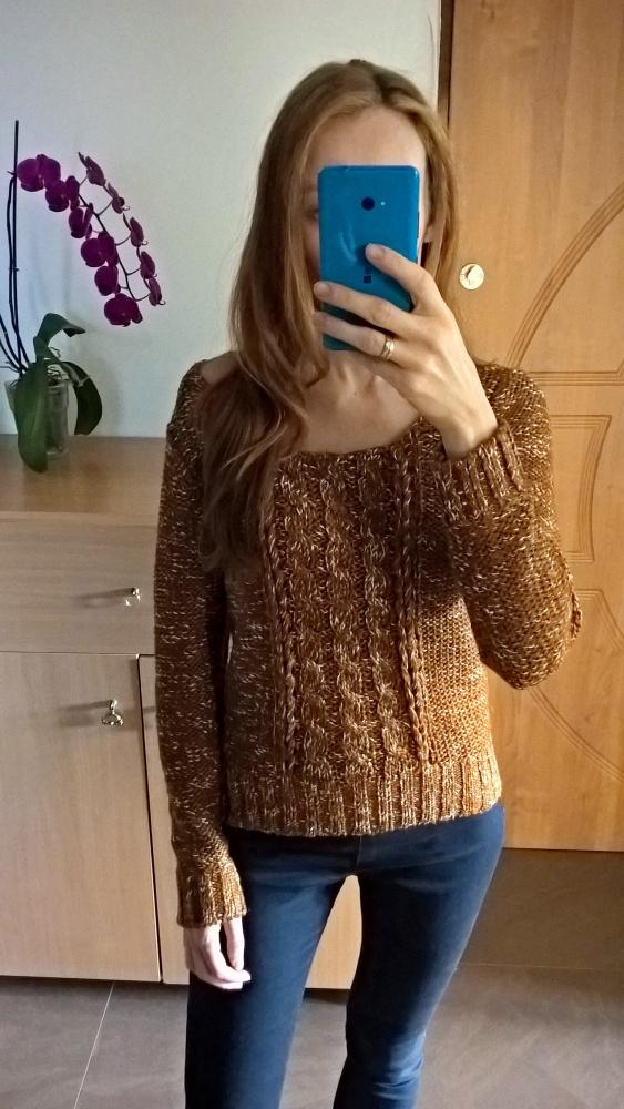 Cynamonowy sweterek Esprit...