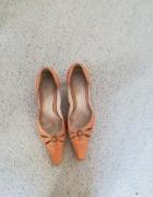 Skórzane buty rozm 38 marka Bata