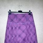 Fioletowa połyskująca spódnica trapezowa w kratę