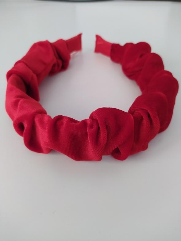 Czerwona opaska marszczona grubsza ozdobna welur