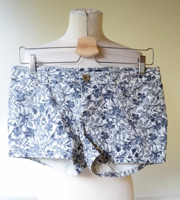 Spodenki Spodenki Krótkie Szorty Jeans H&M M 38 Kwiaty Dzins