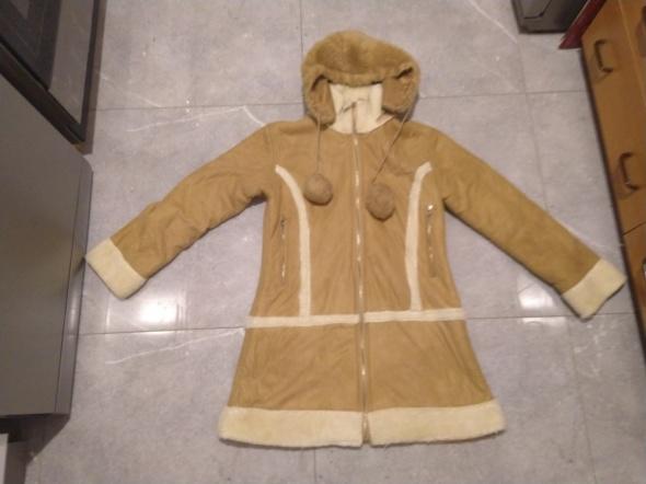 Płaszcz kożuch rozmiar 14 New Girl