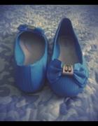 Balerinki niebieskie z kokardką...