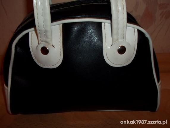 Biało czarna torebka