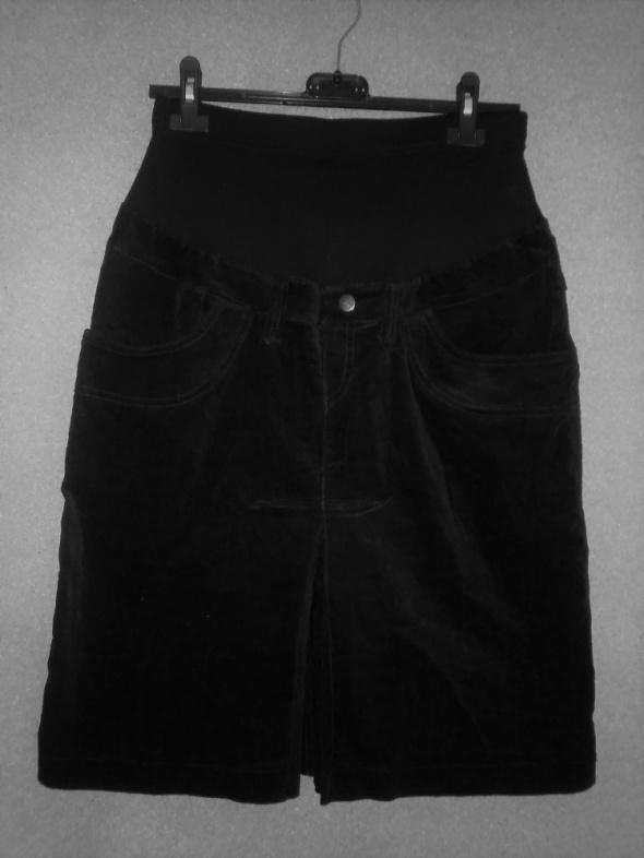 Spódnice Ciążowa spódnica ołówkowa z bawełnianym panelem 40
