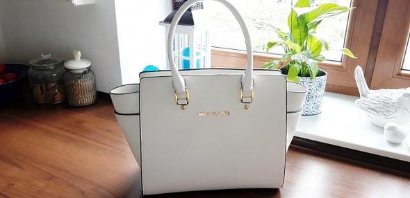biała torebka nowa...