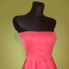 Cudna rozkloszowana sukienka czerwona