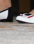 baleriny pantofle na obcasie z kokardką 41...