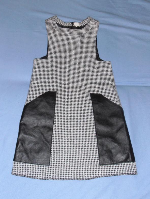 Sukienka dla dziewczynki w pepitkę Arkadian 134 skórzane wstawki