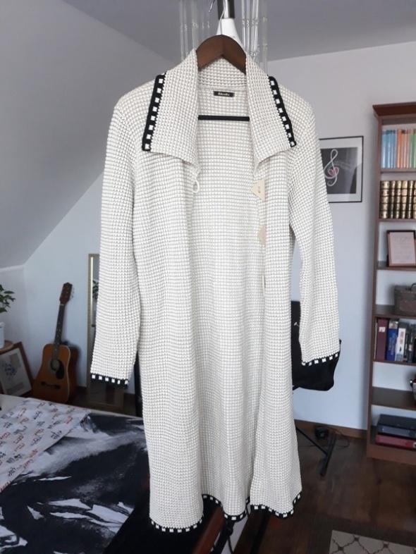Swetry Długi sweter