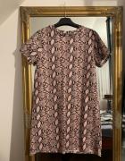 Sukienka w wężowy wzór