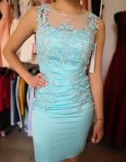 Elegancka sukienka niebieska