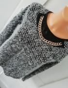 włochaty elegancki sweterek