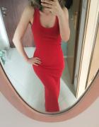 Czerwona długa sukienka dopasowana tuba na ramiączka...